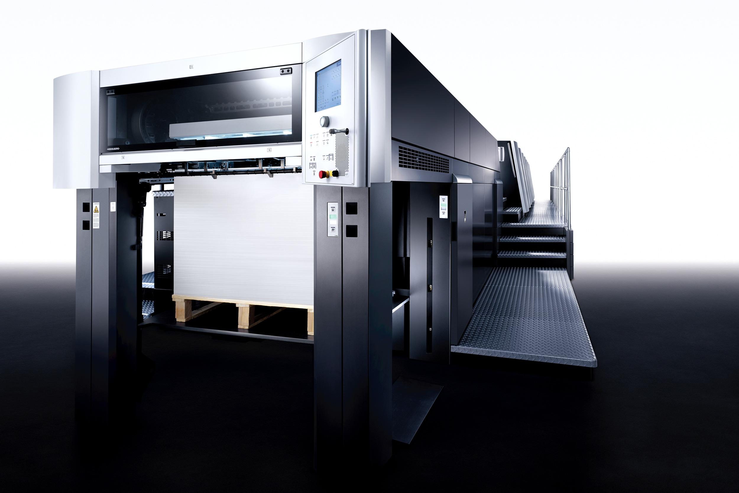 Die neueste Maschinengeneration – Installation einer Heidelberg XL 106 – 8P+L